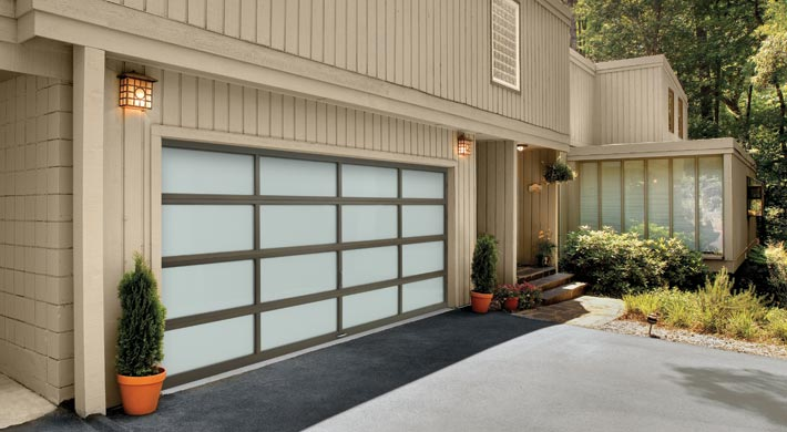 Michigan garage door company & Up And Down Door - New or Replace Garage Door in Michigan